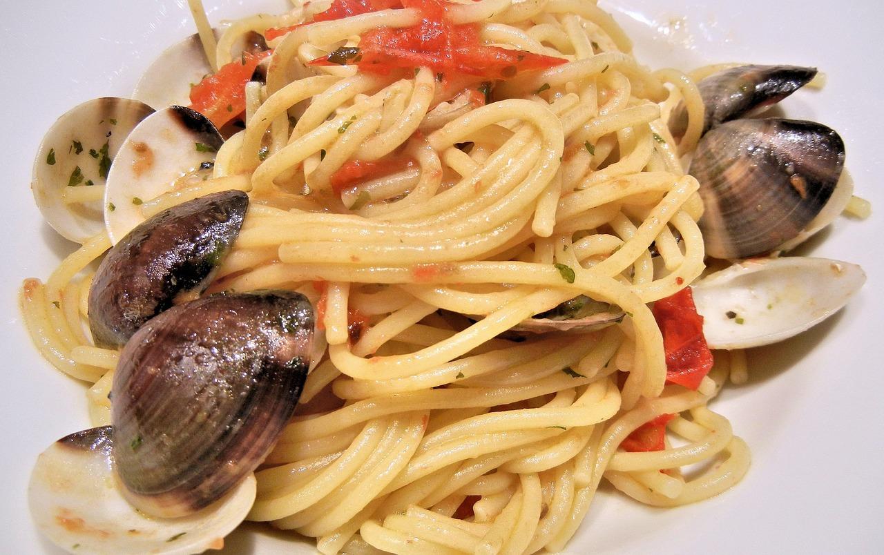 spaghetti-706124_1280